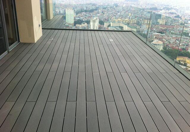 Sàn gỗ nhựa lót lối đi, sàn nhựa giả gỗ ngoài trời, sàn nhựa gỗ sân mái hiên nhà